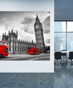תמונת קנבס - לונדון אדום שחור לבן למשרד לעיצוב הבית, לחדרי שינה או למטבח