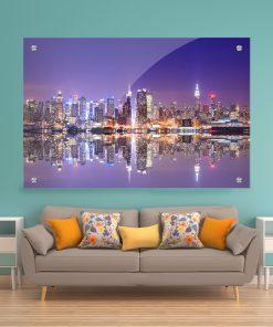 תמונת זכוכית ניו יורק בערב לעיצוב הבית על קיר בסלון