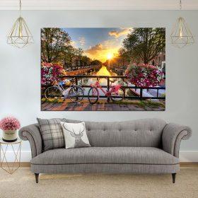 תמונת קנבס - על גשר באמסטרדם לסלון לעיצוב הבית