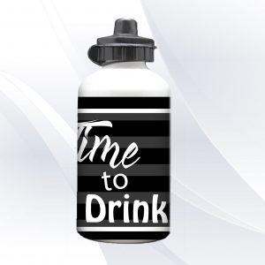 בקבוק שתייה מעוצב זמן לשתות בעיצוב אישי עם שם