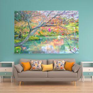תמונת זכוכית - עץ סתוי לעיצוב הבית על קיר בסלון