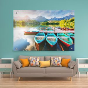 תמונת זכוכית - סירות התכלת באגם לעיצוב הבית על קיר בסלון