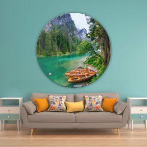 תמונת זכוכית סירות הכפר לסלון לעיצוב הבית