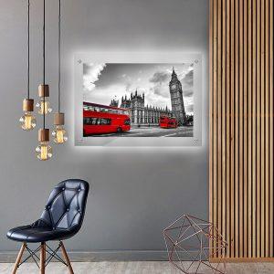 לייטבוקס תמונה מוארת - לונדון שחור לבן אדום לעיצוב הבית