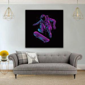 תמונת קנבס אסטרונאוט סקייט ארט לסלון לעיצוב הבית