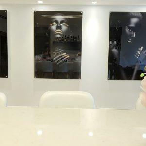 תמונת זכוכית - נשות אפריקה לעיצוב הבית על קיר בסלון