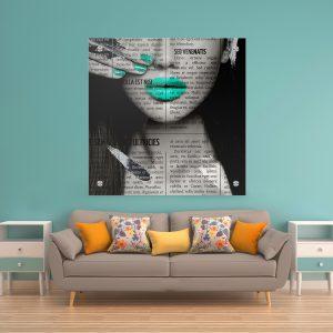 תמונת זכוכית עיתון לאישה טורקיז לעיצוב הבית על קיר בסלון
