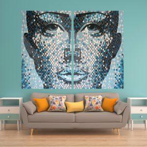 תמונת זכוכית - אשת הבריכה לעיצוב הבית על קיר בסלון