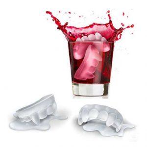 תבנית קוביות קרח בעיצוב שיני ערפד