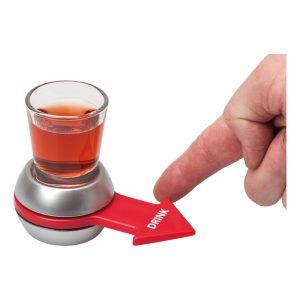משחק שתייה סובב את השוט עם סמן חץ מסתובב